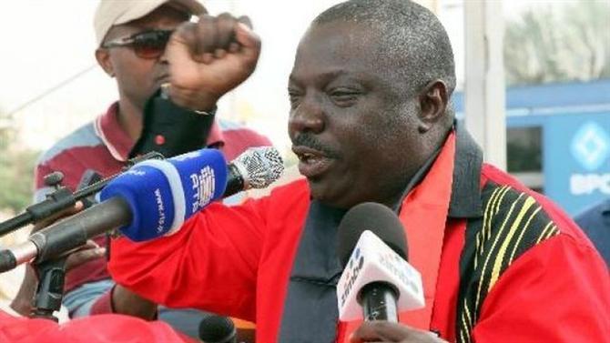 PGR ANGOLANA ANUNCIA PRISÃO DO GEN KANGAMBA NA FRONTEIRA DA NAMÍBIA