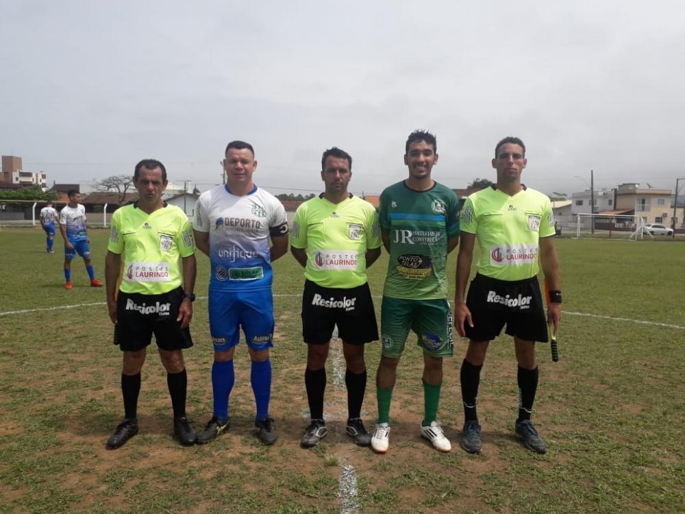 CAMPEONATO MUNICIPAL DE FUTEBOL AMADOR CHEGA ÀS SEMIFINAIS
