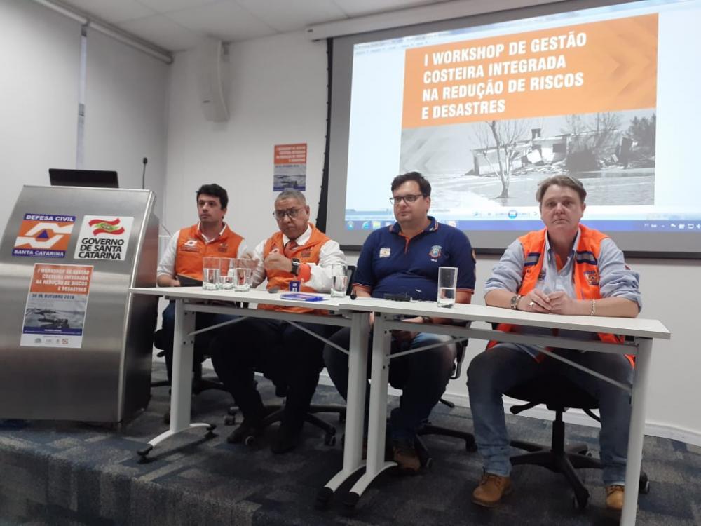 DEFESA CIVIL DE BARRA VELHA PARTICIPA DE WORKSHOP DE EROSÃO COSTEIRA